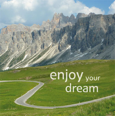 Rent a motorbike in South Tyrol to visit cities, passes, valleys, lakes, mountains, the sea, Garda lake